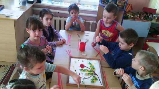 конструирование из бумаги в старшей группе игрушки